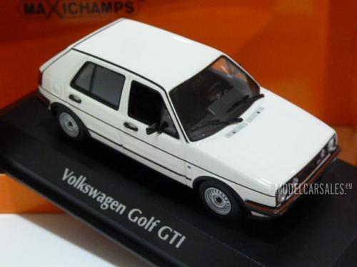 Volkswagen Golf GTi 4-door